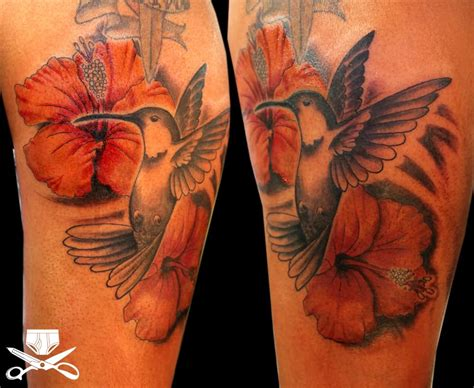 hibiscus hummingbird tattoo designs 35 awesome hibiscus tattoos