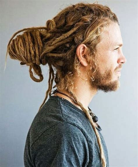 male rasta hairstyle 25 best ideas about dreadlocks men on pinterest