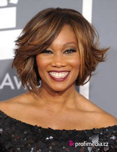 yolanda adams wigs 1000 images about chocolate girls with golden hair on