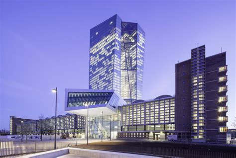 sede bce banco central europeo coop himmelb l au plataforma