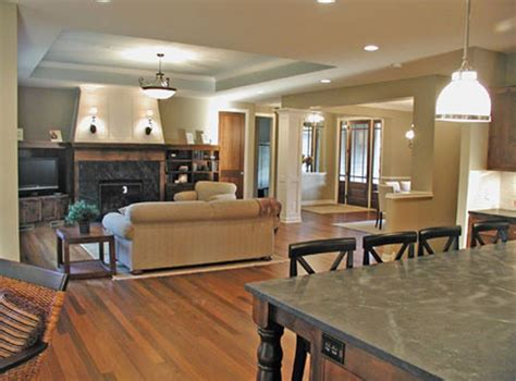 open floor plan  tray ceiling  designate great room