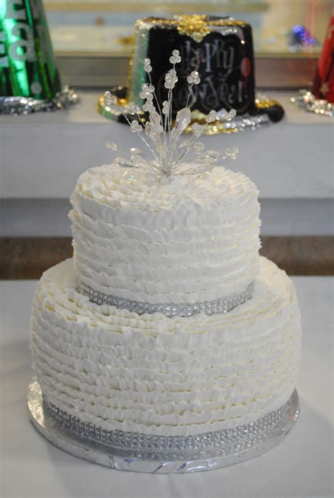 new year desserts cakes picture of sparkling new year wedding cakes and desserts 16
