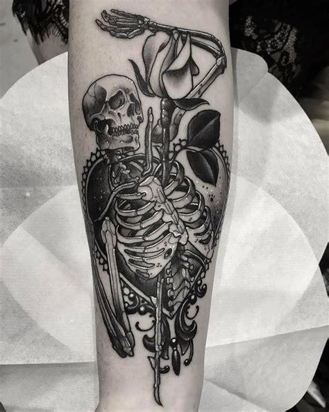 blackwork tattoo leeds 674 best images about skull tattoos on pinterest the