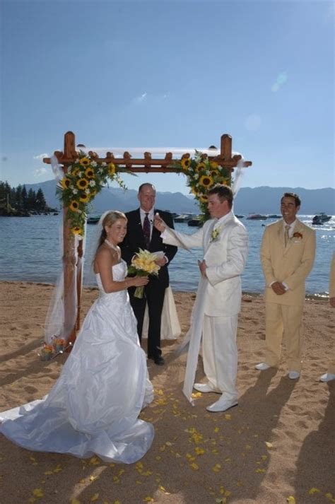 Wedding Arch Near Me by Wedding Arch Decorated With Sunflowers Yelp