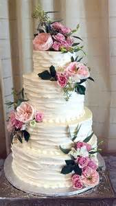 wedding cake flowers planning barn weddings tips facts that ll keep you up at