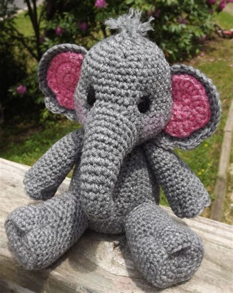 25 best ideas about elephant pattern on pinterest elephant applique elephant pillow and