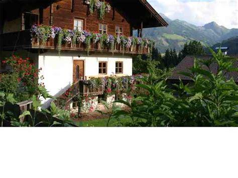 urlaub in alpen österreich ferienhaus lehrerh 228 usl alpbach kitzb 252 heler alpen