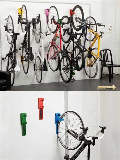 Bicycle Wall Hanger Gantung Di Frame Rangka Sepeda Dinding Tembok Hook cycloc endo gantungan sepeda di dinding