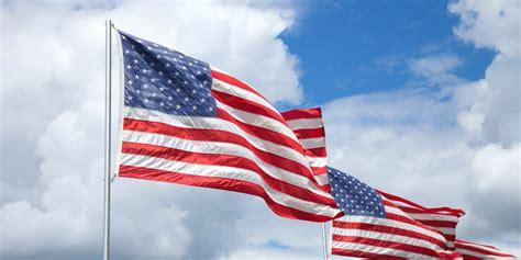 american flag etiquette displaying  american flag