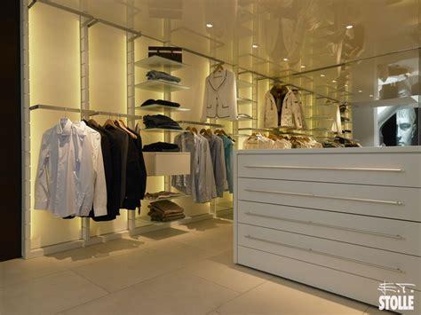 Regalsysteme Begehbarer Kleiderschrank by Die Besten 25 Begehbarer Kleiderschrank Regalsystem Ideen