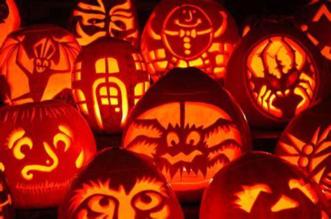 halloween themes pumpkin 125 halloween pumpkin carving ideas digsdigs