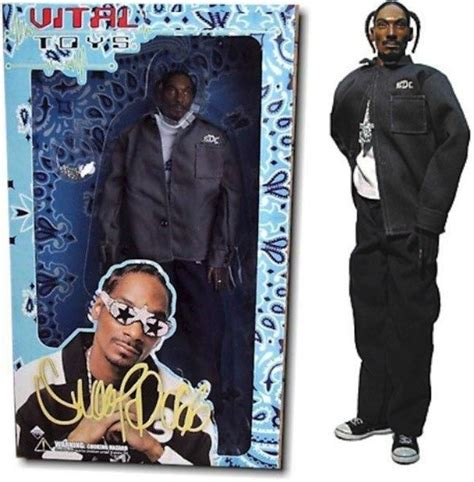 2pac bobblehead kaskets to snoop dolls the most