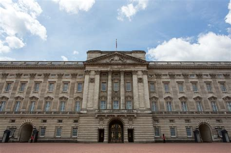 hiring a housekeeper buckingham palace is hiring a housekeeper
