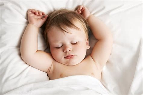 how to get babies to sleep in their crib how to get back at comfortable sleeping that the baby does