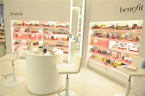 Room Decor Stores Interior Decoration Of Cosmetic Shop Room Decorating Ideas Home Decorating Ideas