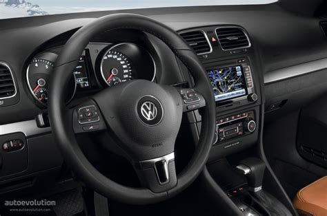 Vw Golf 6 Interior by Volkswagen Golf Vi 5 Doors Specs 2008 2009 2010 2011
