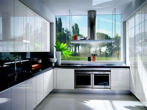 White Shiny Kitchen Cabinets Glossy White Kitchen Cabinets Decor Ideasdecor Ideas