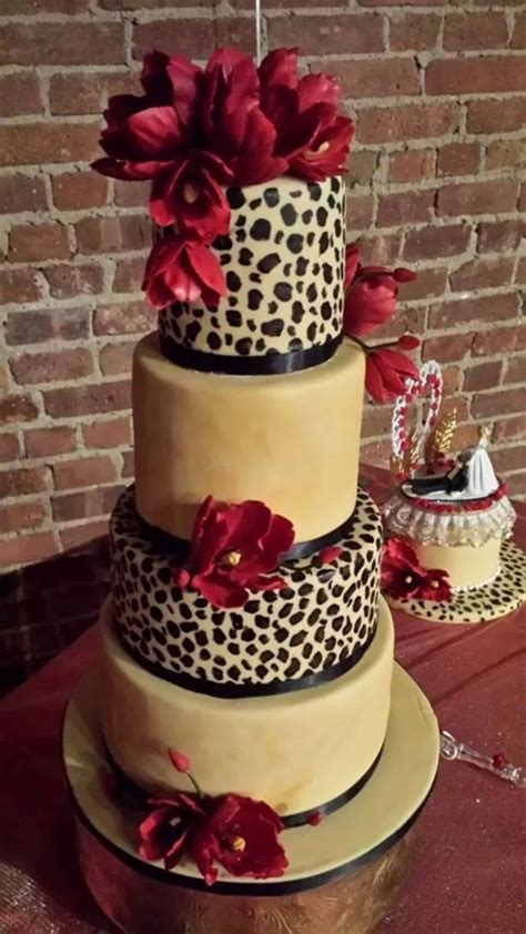 masam manis leopard cake cheetah cake leopard wedding cake cakecentral com