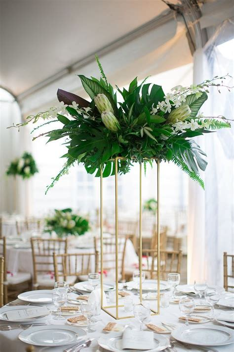 Gatsby inspired, art deco event decor. Tropical