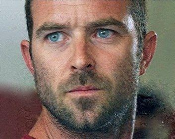 sullivan stapleton tattoo sullivan stapleton 4 h and on