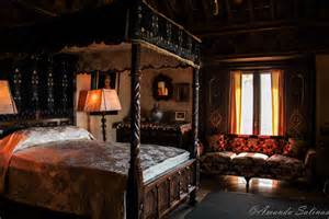 Castle Bedroom | hearst castle the bedrooms broken window photography