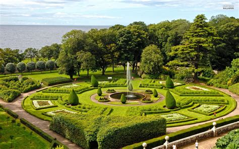images of gardens beautiful garden seaside wallpapers beautiful garden