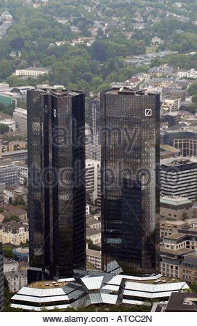 deutsche bank office frankfurt headquarters of the deutsche bank in frankfurt on the