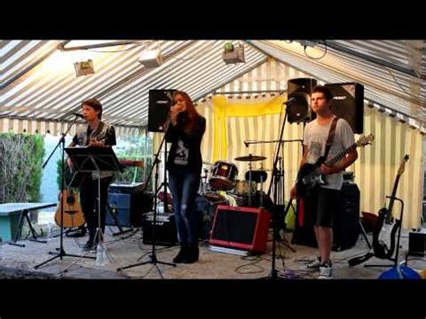 best of me sum 41 live best of me sum 41 acoustic cover by back of