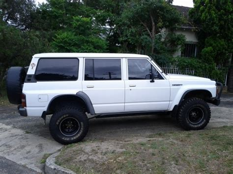 nissan patrol 1990 modified 1990 nissan patrol dx 4x4 esaar shannons club