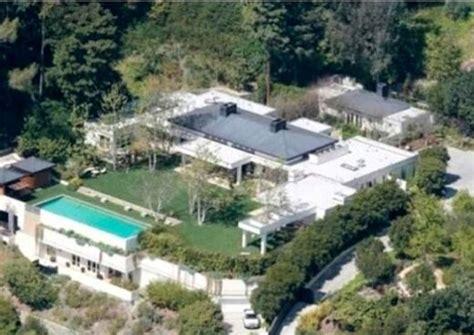 ryan seacrest house ryan seacrest buys ellen degeneres house celebrity homes pinterest