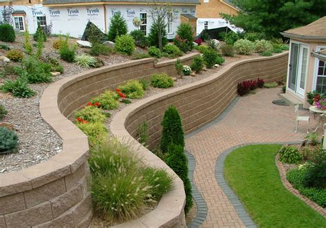 Retaining Wall Backyard Landscaping Ideas Remarkable Retaining Wall Ideas Improve The Of Your Front Yard Traba Homes