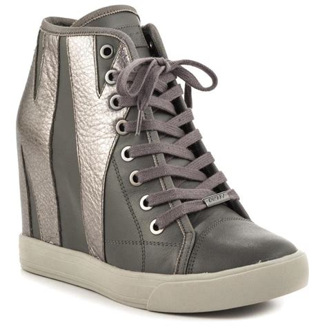 dkny shoes shop the sexiest women s dkny shoes careyfashion