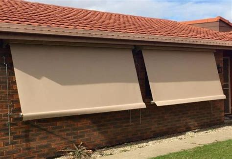 car awnings brisbane auto lock arm ozrite awnings outdoor blinds ozrite