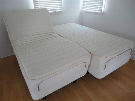 split adjustable bed is convenient for anyone