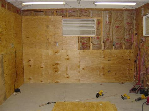 Plywood Garage Walls by Painted Osb Garage Walls How To Cover Garage Walls