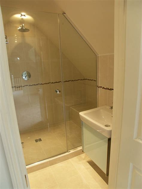 Attic Bathroom Ideas by Best 25 Attic Shower Ideas On Attic Bathroom