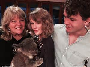 biography of taylor swift family what it s like to holiday like taylor swift on australia s