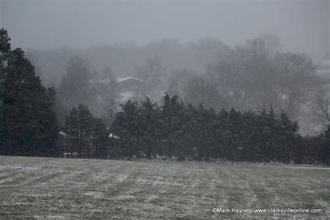 Light Snow Shower by Freezing Sleet Snow Expected For Clarksville