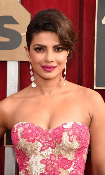 quantico actress list 2016 oscar presenters announced see who made the list