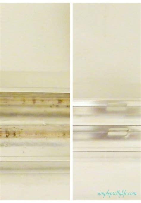Best Way To Clean Shower Door Tracks 17 Best Ideas About Shower Door Cleaning On Cleaning Glass Shower Doors Cleaning