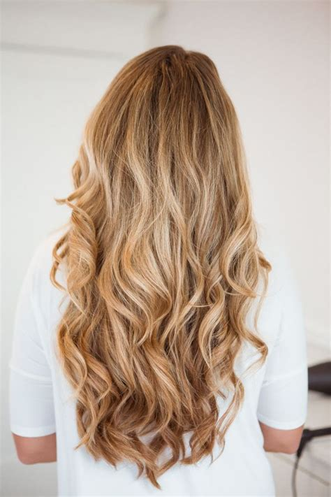 how to curl loose curls on a side ethnic hair best 25 loose curls ideas on pinterest