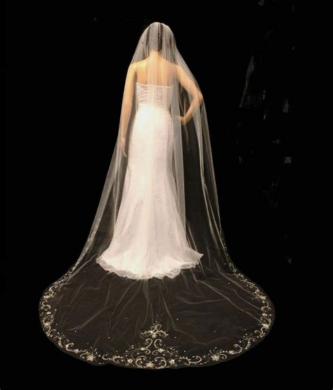 beaded cathedral veil 1000 images about wedding veils on