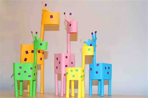How To Do Crafts With Paper - paper crafts for paper giraffes easy paper diy
