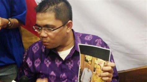 Anak Anak Abraham politisi pdip beberkan foto pertemuan samad dengan anak petinggi tni