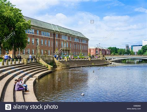 buy house derby river derwent and council house derby city centre derby derbyshire stock photo