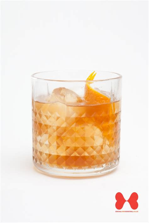 fashioned cocktail garnish fashioned cocktail recipes bourbon whiskey cocktails