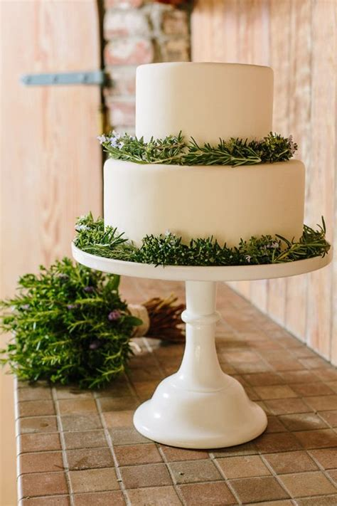 flowering wedding cake 231 best images about wedding cakes on