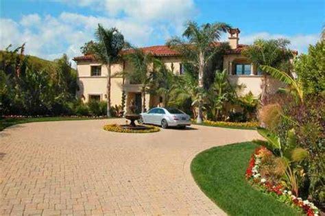 khloe kardashian new house the kardashian family real estate round up huffpost uk
