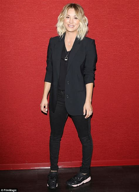 hairstyles for the character penny on the big bang theory kaley cuoco gets hair extensions after wrapping season