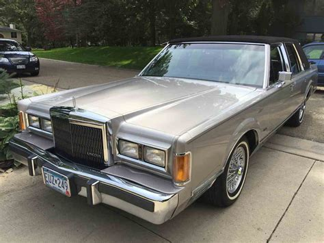 manual cars for sale 1989 lincoln town car engine control 1989 lincoln town car for sale classiccars com cc 980302